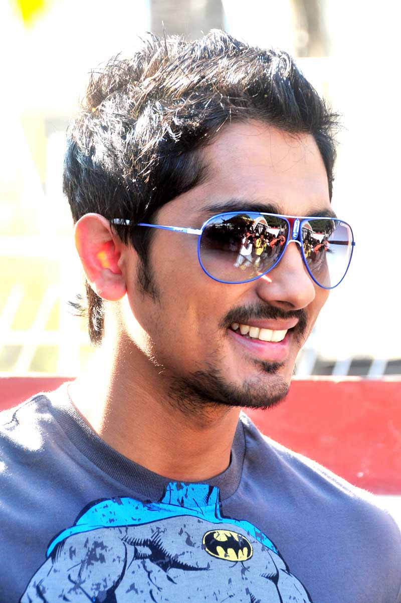 tollywood wallpapers siddharth in - photo #32