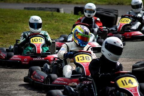 Daytona DMAX karts in action