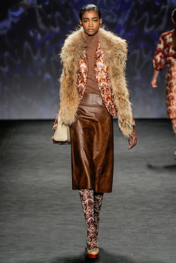 Leather Skirts For Autumn Winter 2015 sonbahar kis deri bilgilerburada 2015 Deri Etek Modelleri,mini deri etek kombinler,2015 deri modası bayan