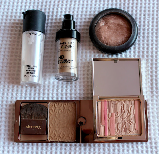 Beauty Products for the Face Sprinkle of Glitter