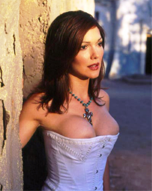 Laura harring nude