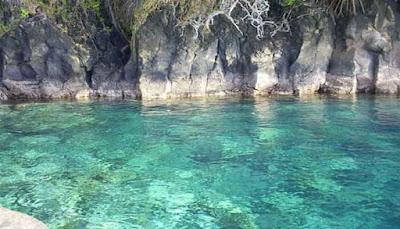 8 Pantai Unik Dan Eksotik Di Indonesia