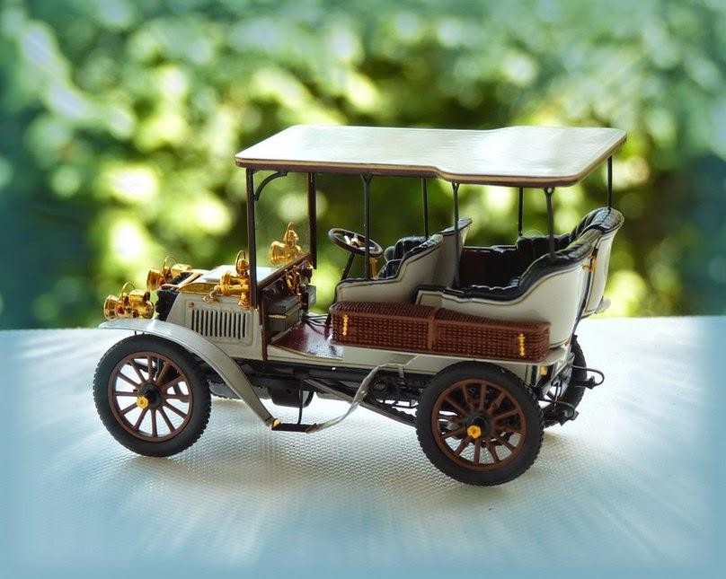 garage de poche jip u00e9  panhard  u0026 levassor 1902