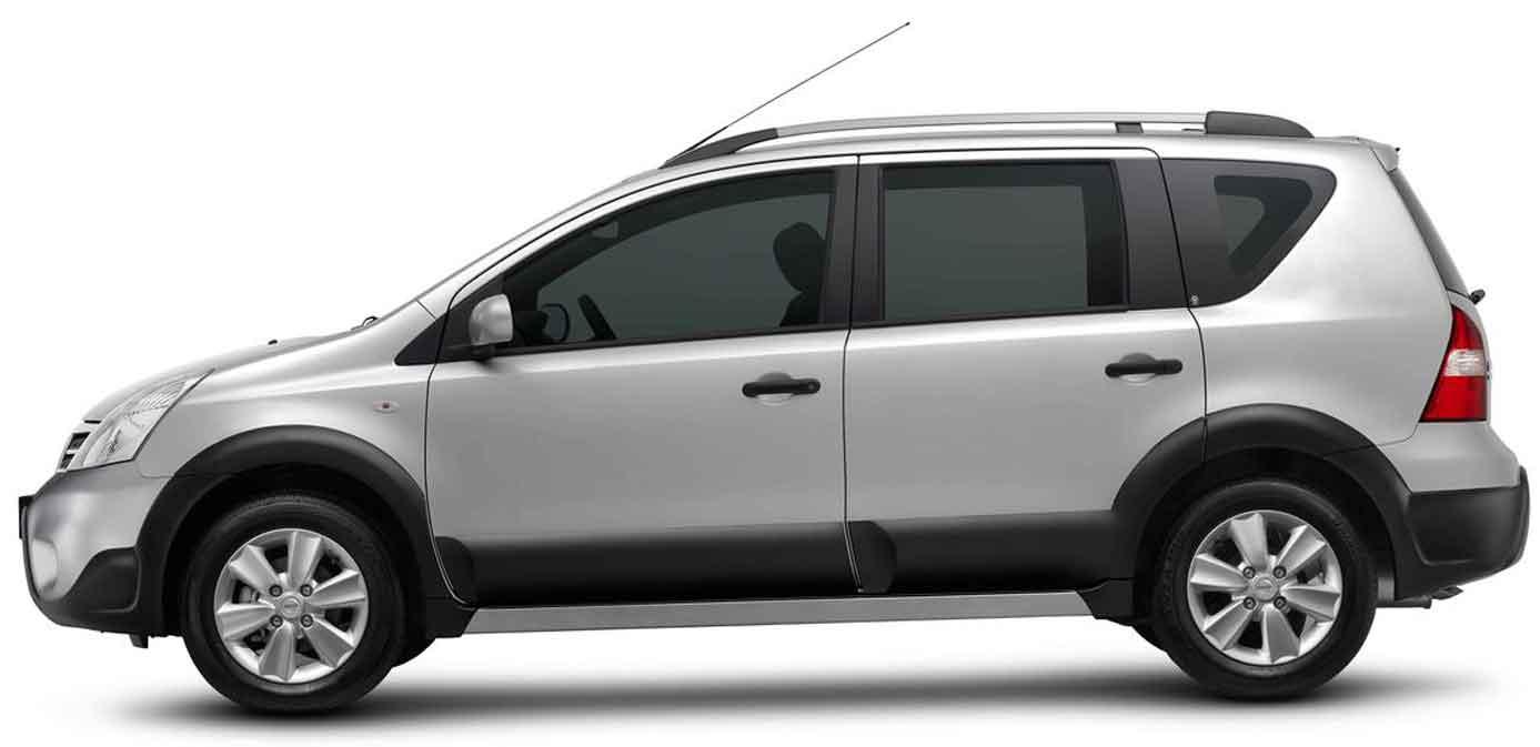 novo Nissan Livina 2014 lateral