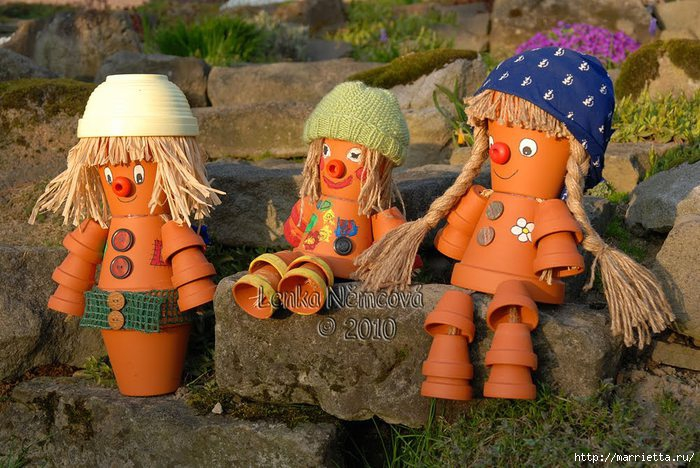 Из чего сделать куклу для сада своими руками