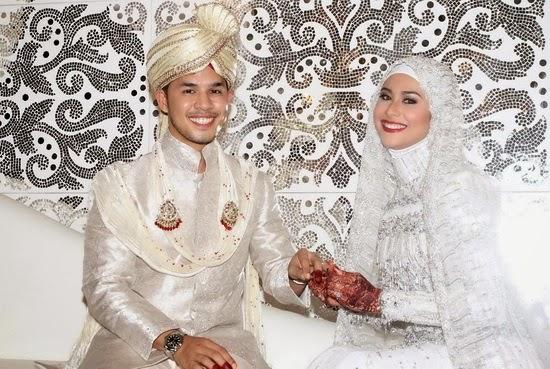Gambar Majlis Perkahwinan Fouziah Gous dan Zhafran