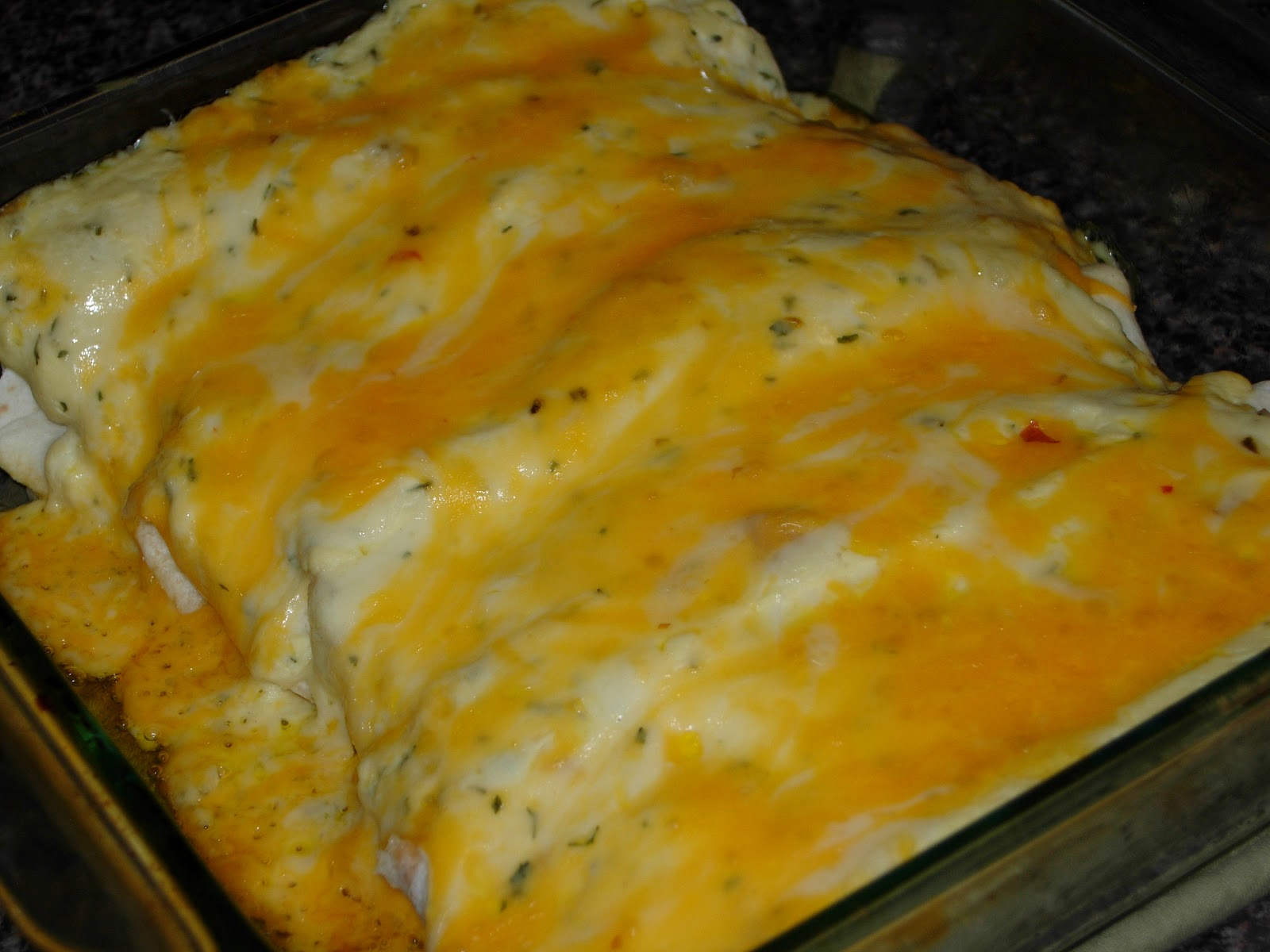 Mel's Test Kitchen: Sour Cream Chicken Enchiladas