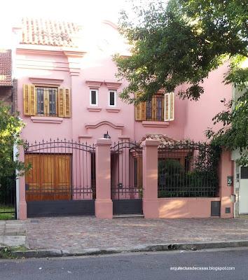 Casa nueva estilo hispánico