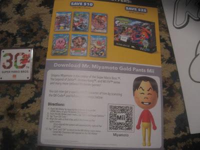 Gold Pants Shigeru Miyamoto Mii Best Buy Nintendo QR code