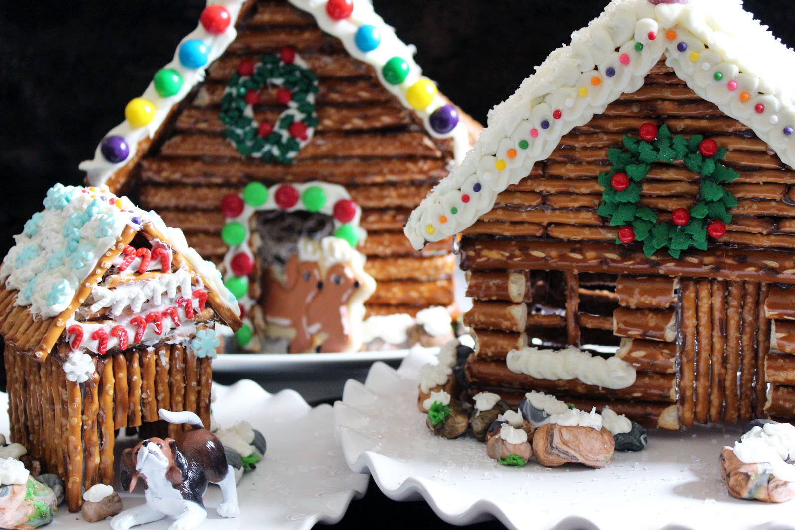 decorated pretzel cabins - Cabins Decorated For Christmas