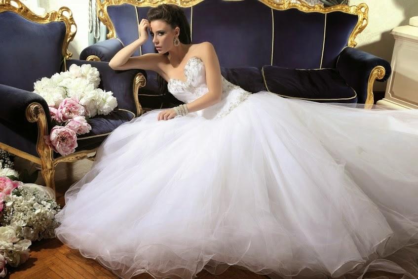 Abiti da sposa da sogno con swarovski