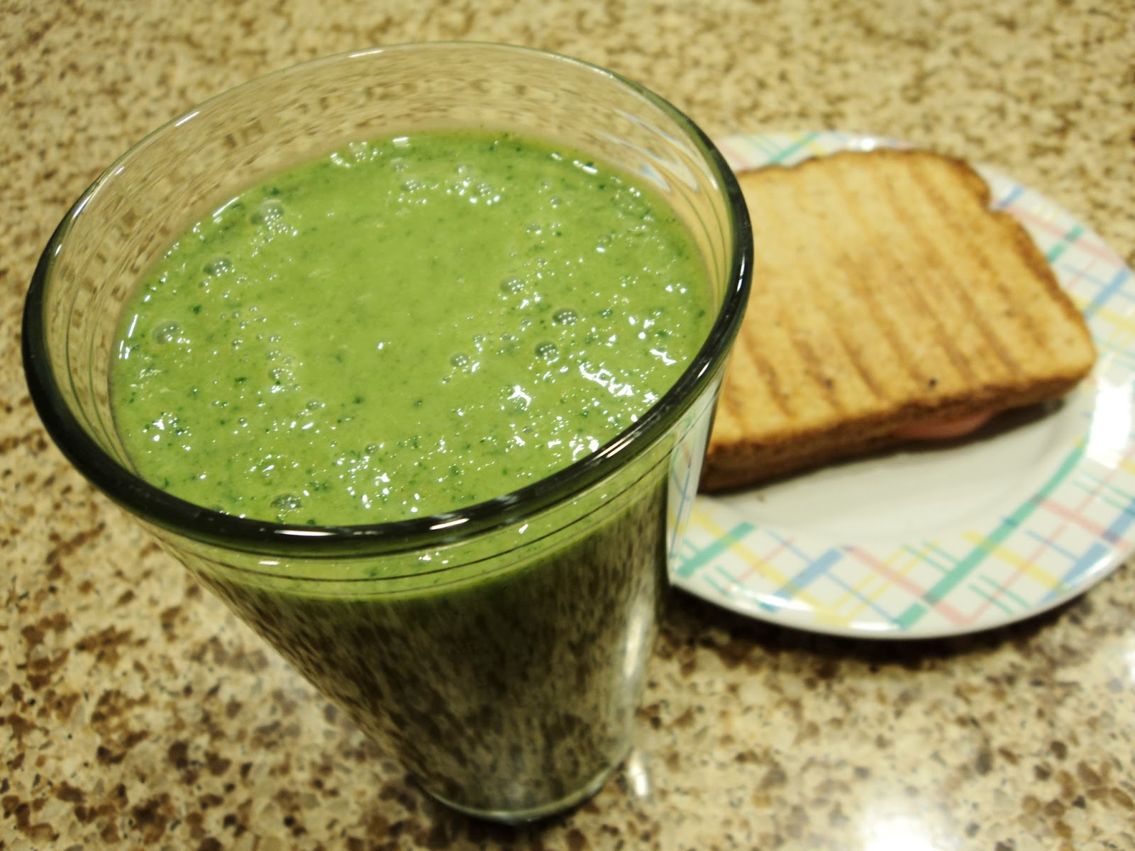 how to make a kale smoothie smooth