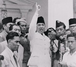 Foto Bung Karno Yang Jarang Dipublikasikan | Foto Ir. Soekarno Terbaru