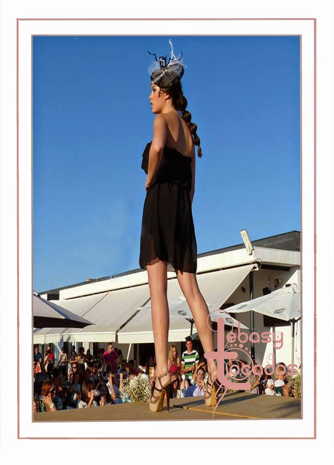 Tocado de Lebasy Tocados en el desfile benéfico Manzanares Fashion Week