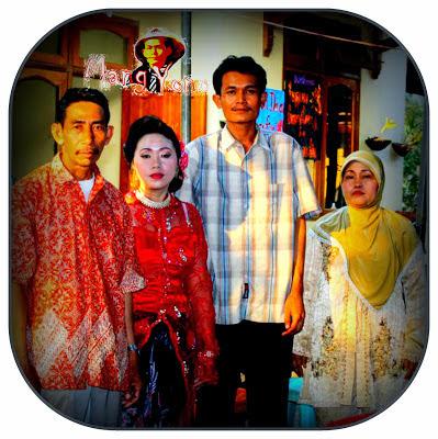 Dari Kiri, Mertua laki - laki, Istri Mang Yono, Mang Yono dan mertua perempuan