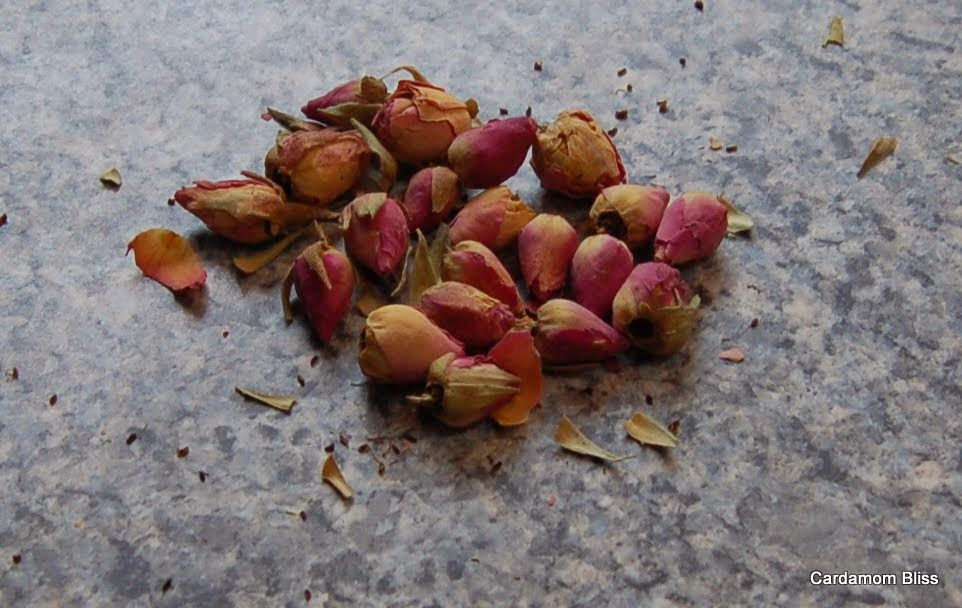 dried rosebuds available in Chinese groceries too!