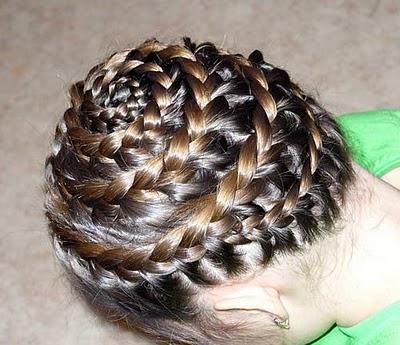 Bonitas trenzas para niñas paso a paso ,te gusta hacerle bonitos peinados o  trenzas a tus hijas y justamente hoy buscas un estilo de trenza original y