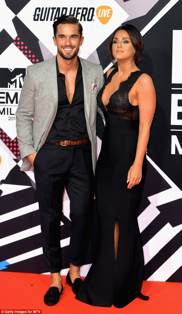 Vicky Pattison wears plunging maxi dress to the MTV EMAs 2015