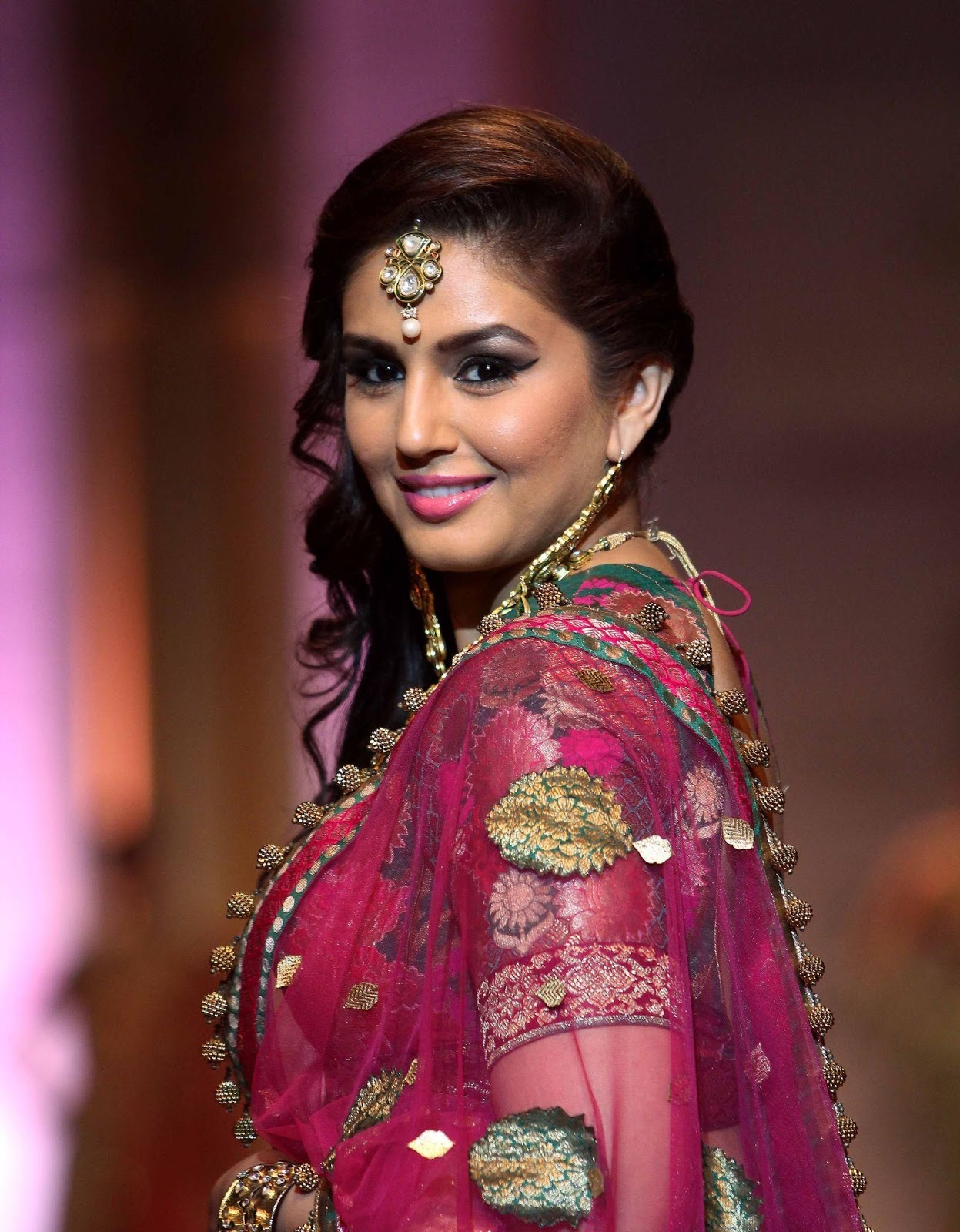 HD Images of Huma Qureshi at India Bridal Fashion Week (IBFW) Aamby Valley