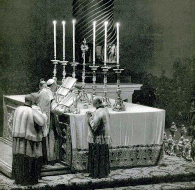 [Obrazek: PiusXII.jpg]
