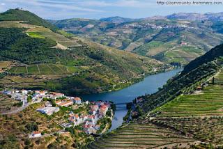 Rio Douro, Valley - Portugal