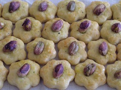 Ciasteczka serowe z pistacjami