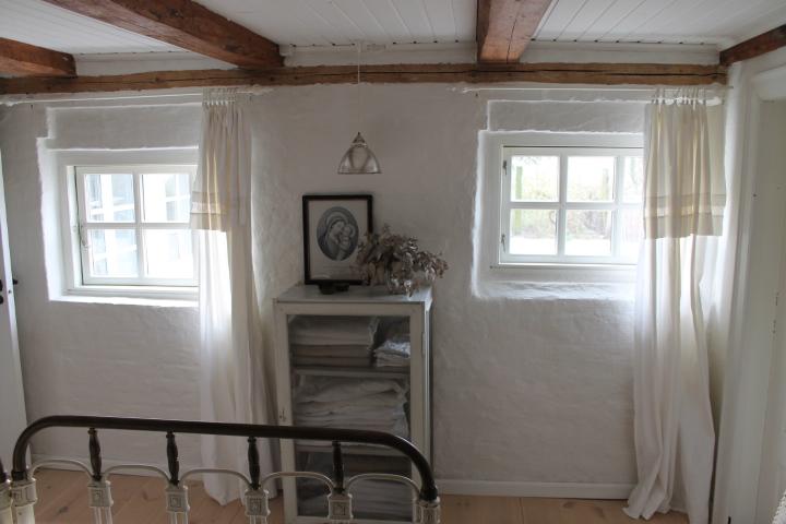 Stilleben no. 49: projekt   gulv og loft i soveværelse og walk in ...