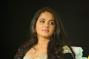 Anushka shetty glamorous photos-thumbnail-20