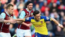 Video Gol Burnley vs Arsenal 0-1