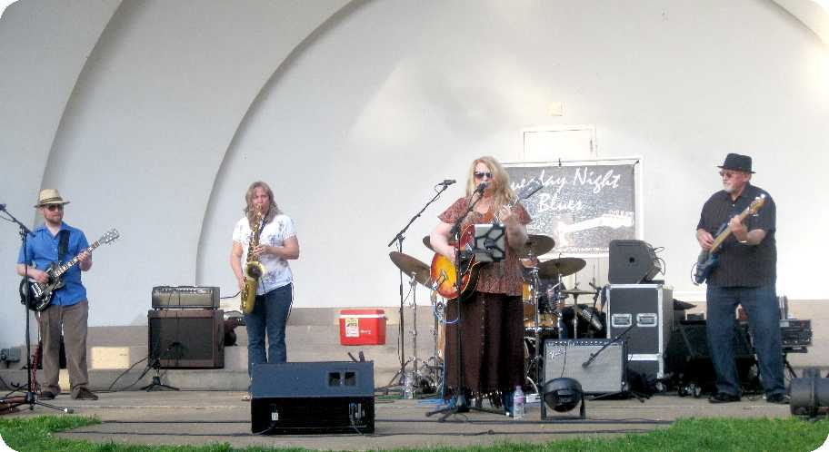 2015-06-02 at Owen Park Bandshell