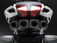 2012 MV Agusta F4RR Corsacorta Motorcycle Photos 5