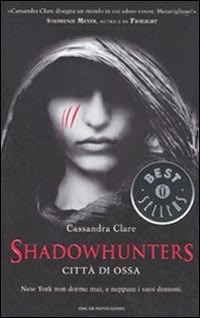 http://nicholasedevelyneildiamanteguardiano.blogspot.it/2014/03/recensione-shadowhunters-1-citta-di.html