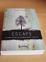 http://www.amazon.de/Escape-Jennifer-Rush/dp/3785575165/ref=sr_1_1?s=books&ie=UTF8&qid=1393571497&sr=1-1&keywords=escape
