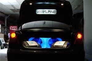 Instalasi Audio Mobil | Ada banyak cara yang dapat di lakukan untuk meng-install sistem audio mobil.