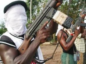 Nigéria: Maometanos matam 19 paroquianos e 2 padres na Missa
