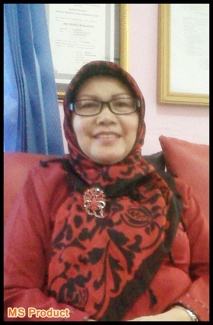 Dra.Hj. Siti Sondari,M.Pd