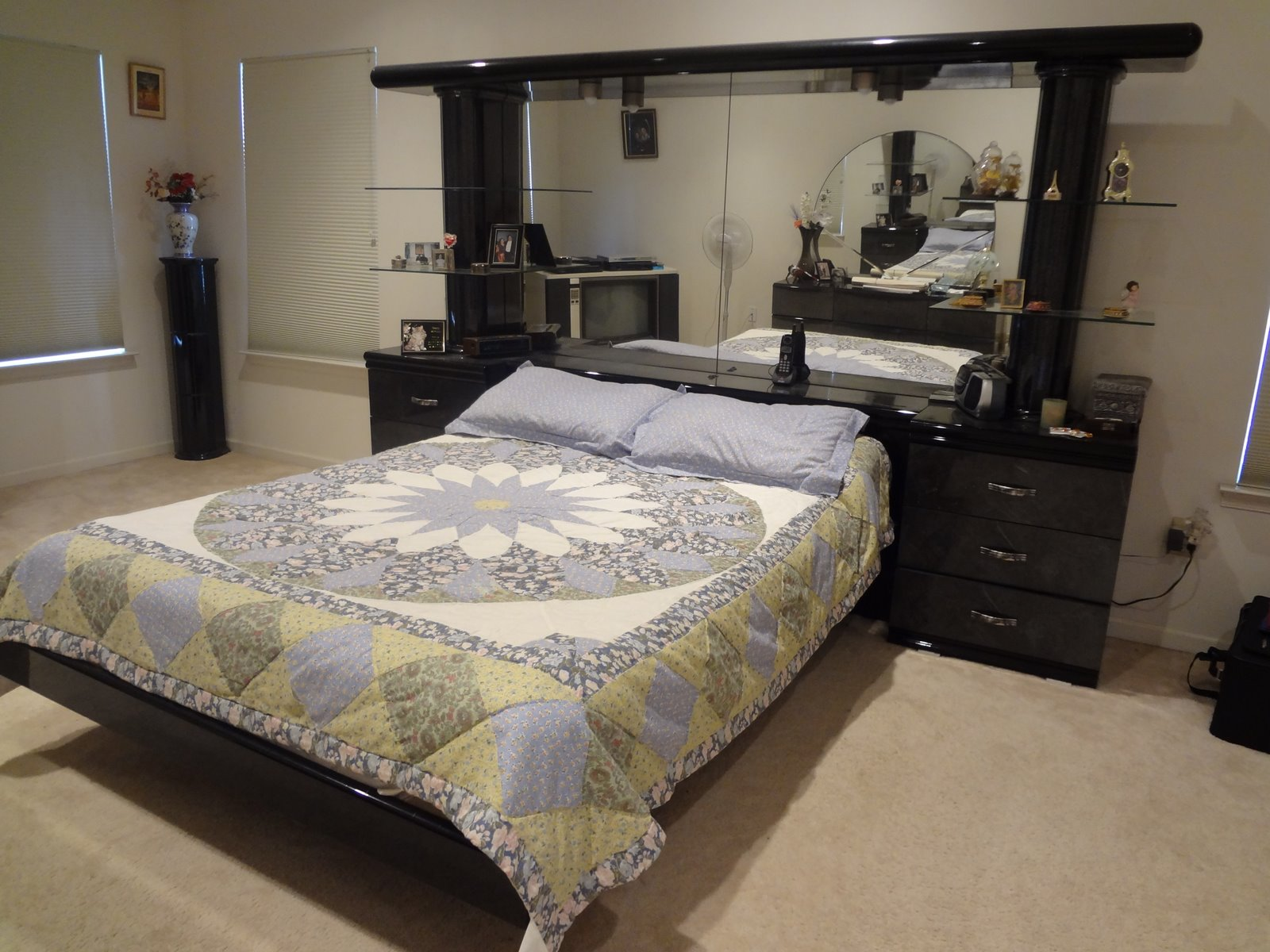 Fabulous 42 Gristmill Rd Howell Nj Moving Sale Bedroom Furniture Download Free Architecture Designs Oxytwazosbritishbridgeorg
