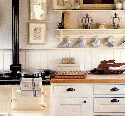 Cocina en blanco y madera white and wood kitchen desde for Cocinas rusticas blancas