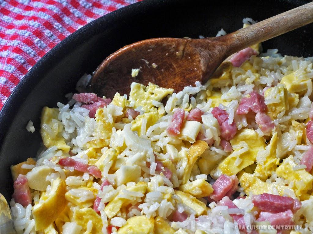 Voir la recette : riz frit à la cantonnaise