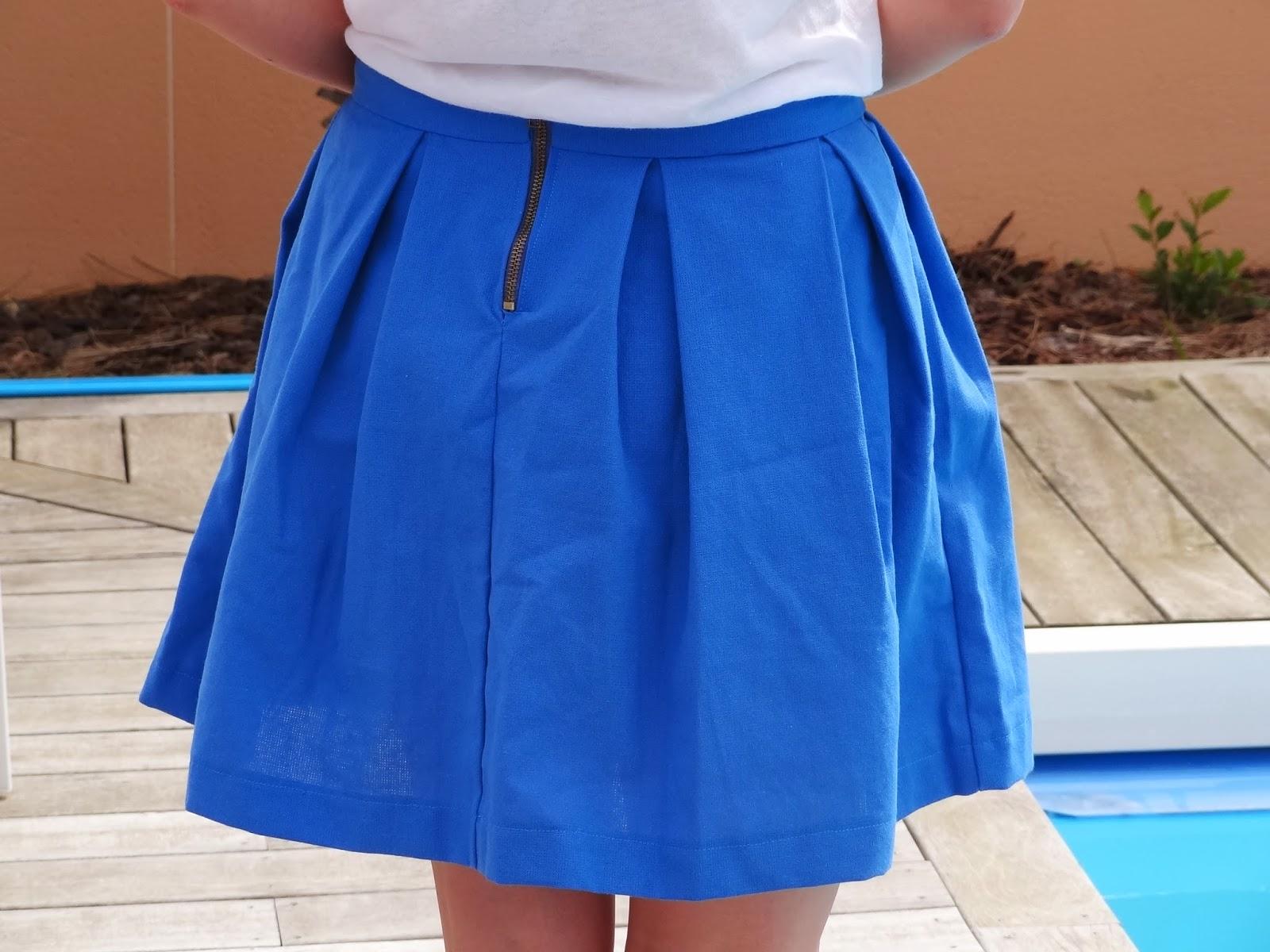 le petit monde de j la jupe bleue de l 39 t le tuto. Black Bedroom Furniture Sets. Home Design Ideas