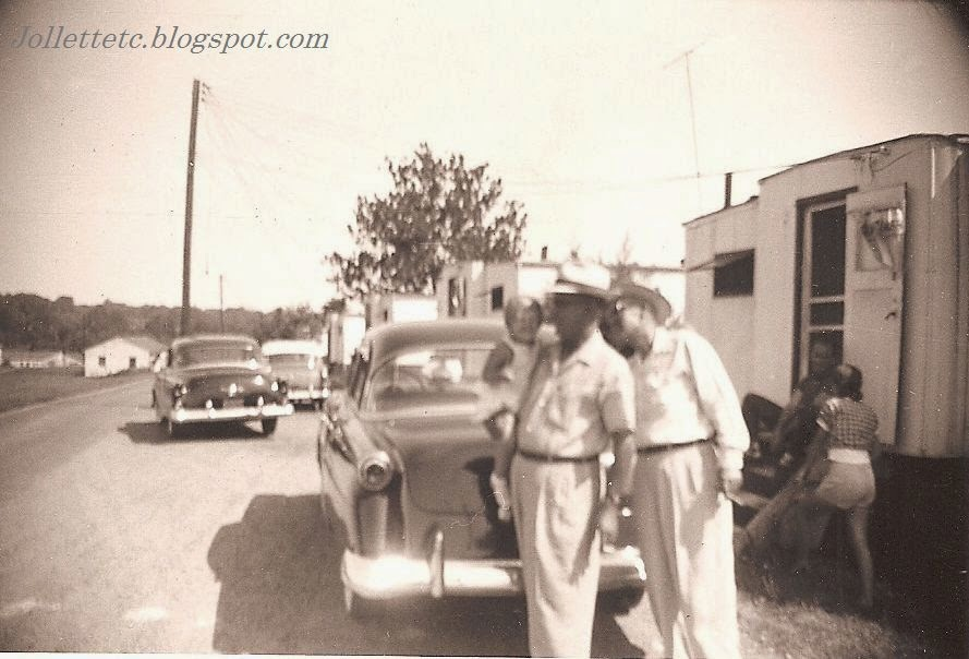 Wendy Slade, Orvin Davis, Fred Slade Sr Copeley Hill, Charlottesville, VA 1952