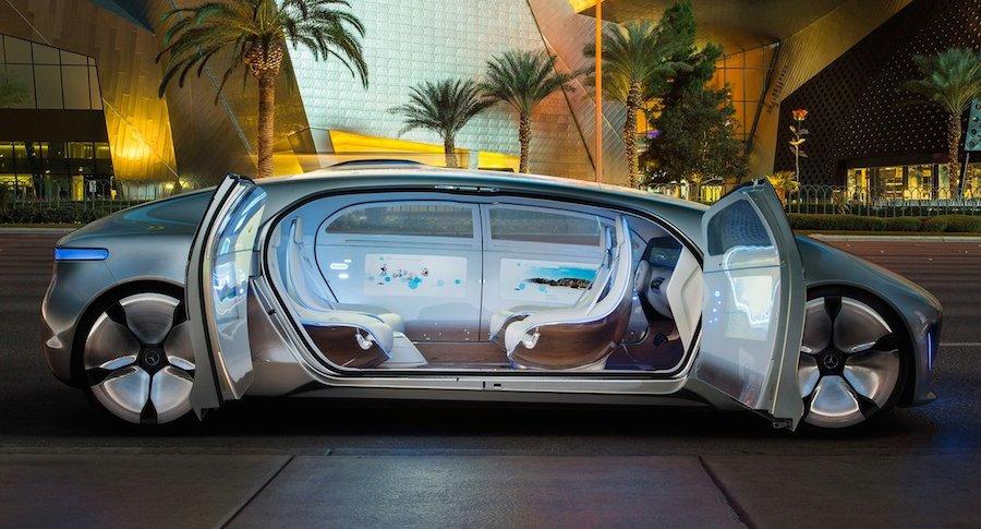 Mercedes Benz Luxury Motion Concept 06 Vk Logo