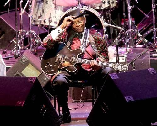 Έφυγε ο Βασιλιάς των Blues, B.B. KING