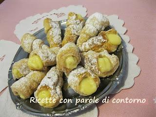 cannolini con crema pasticcera