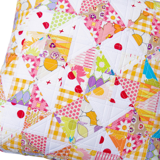 Dreamin' Vintage Patchwork Pillow - Red Pepper Quilts