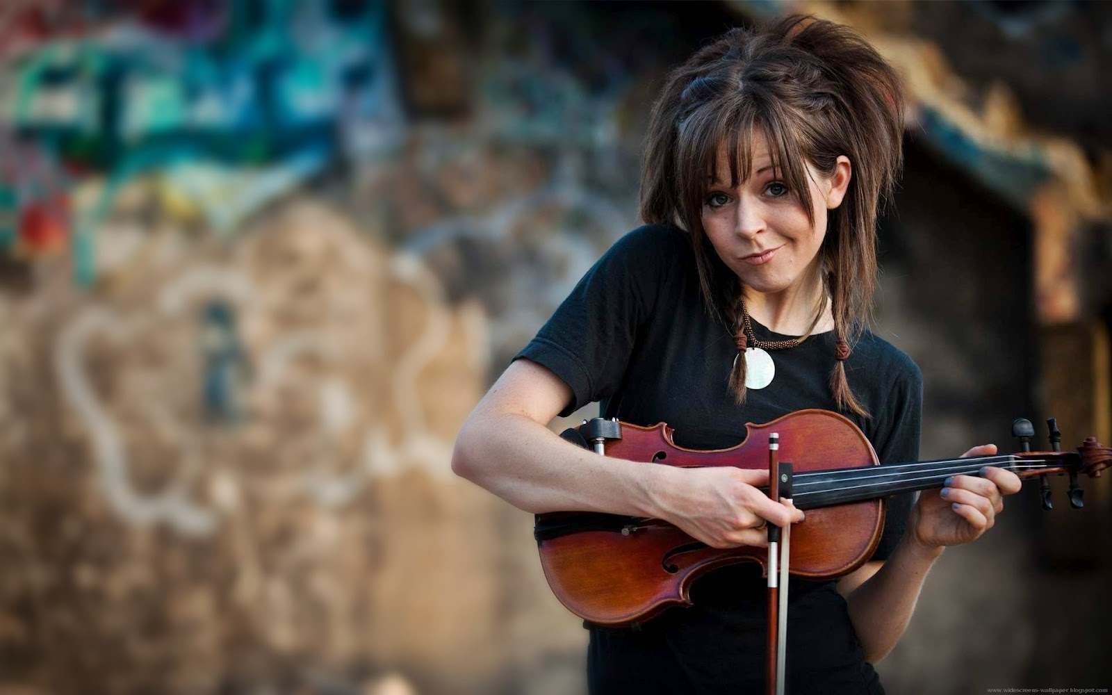 Cute Lindsey Stirling The Violin Girls Wallpapers