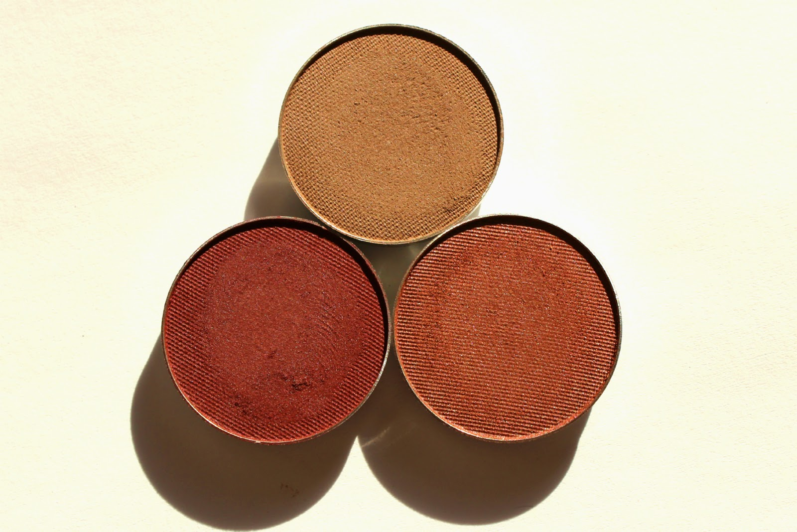 Makeup Geek Barcelona Beach, Bitten, Country Girl Eyeshadows Review & Swatches