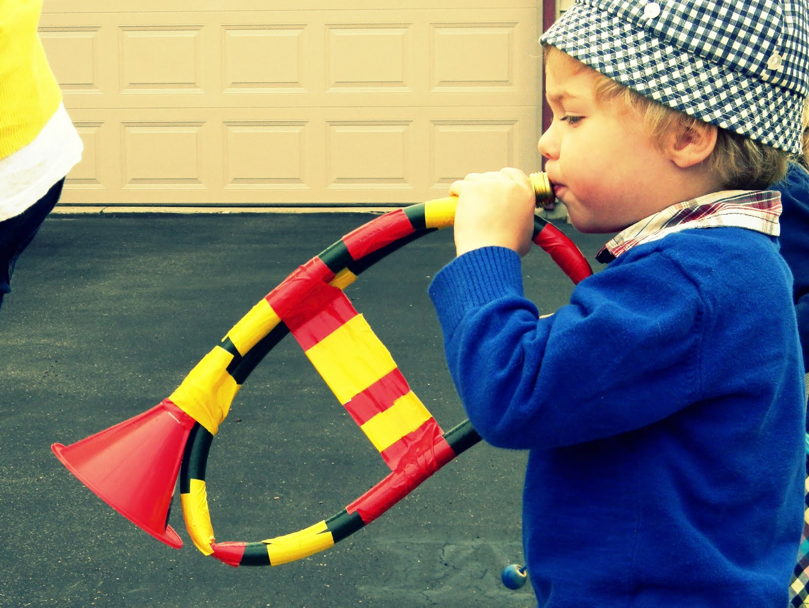 West Instruments on Musical Instruments Craft Idea For Kids