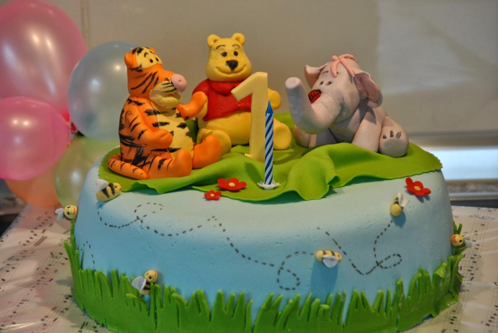 Calina 39 s torten winnie pooh torte - Winnie pooh kuchen deko ...