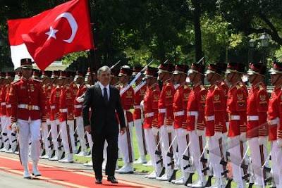 Turki Pilih Islamisasi Ketimbang Uni Eropa